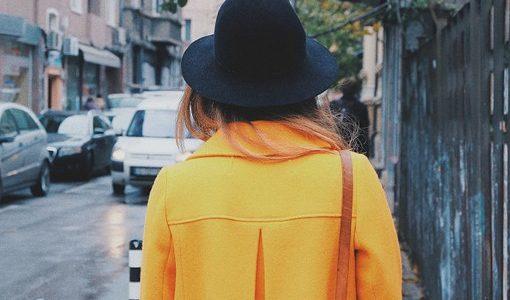 コートのクリーニングの料金の相場は?出す頻度や出し方の注意点などまとめて解説!