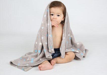 毛布のクリーニングの料金の相場は?出す頻度や出し方の注意点などまとめて解説!